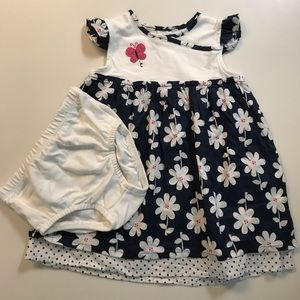🌺Carter's🌺2pc Dress with bottoms Size 18 months